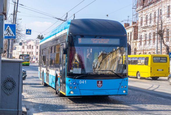 Розвиток транспорту Вінниці став «на паузу». Під питанням — нові VinLine і турецькі автобуси
