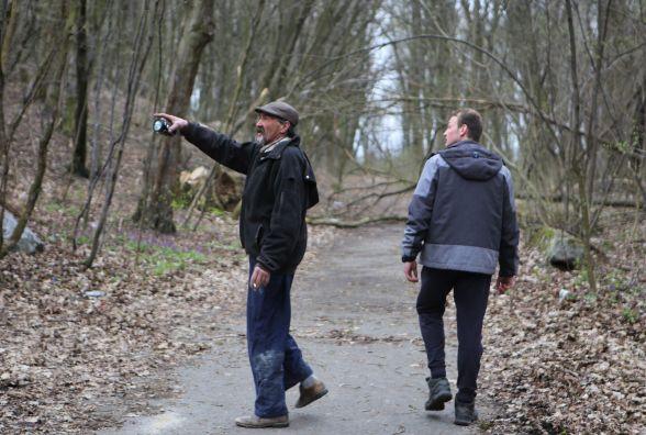 «Поки я не побачу тіла — Міша для мене живий»: репортаж з пошуків зниклого Михайла Зубчука