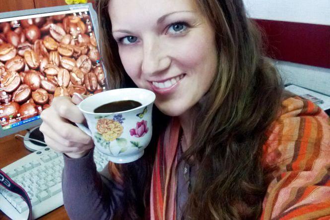 """Фотоконкурс """"Селфі з вранішньою кавою"""": Анна Грицик"""