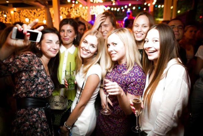 Тематичні вечірки внічних клубах Вінниці 25 березня