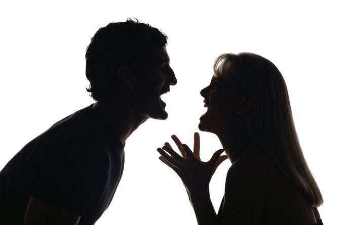 Кожна п'ятнадцята подружня пара постійно б'ється (опитування)