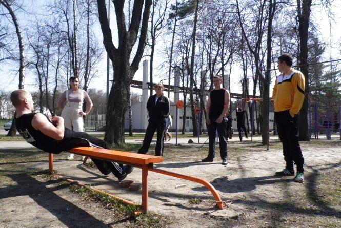 Винницкое воркаут-реалити: Шестеро винничан тренируются,  чтобы стать сильнее