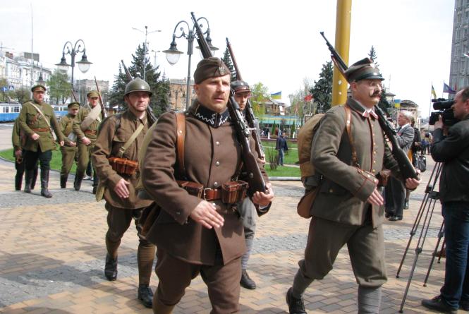 """У Вінниці розказували, як Петлюра з Пілсудським разом проти """"Совєтів"""" воювали"""