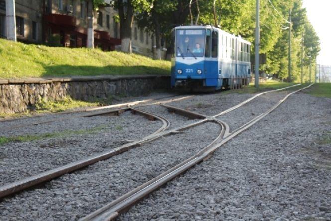 Як будуть їздити трамваї і маршрутки під час реконструкції на площі Гагаріна