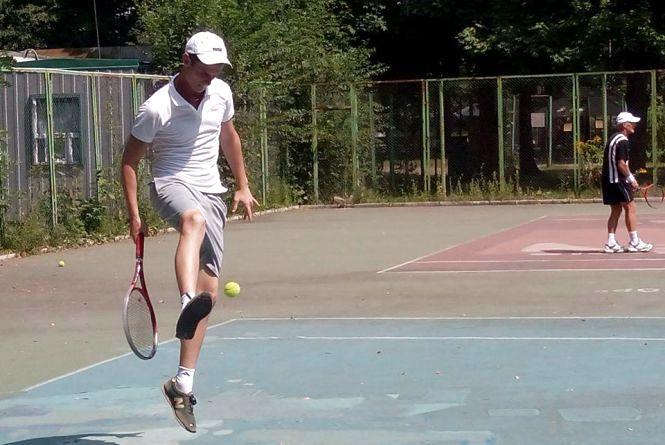 Обласний турнір з тенісу вперше виграв спортсмен з Тростянця