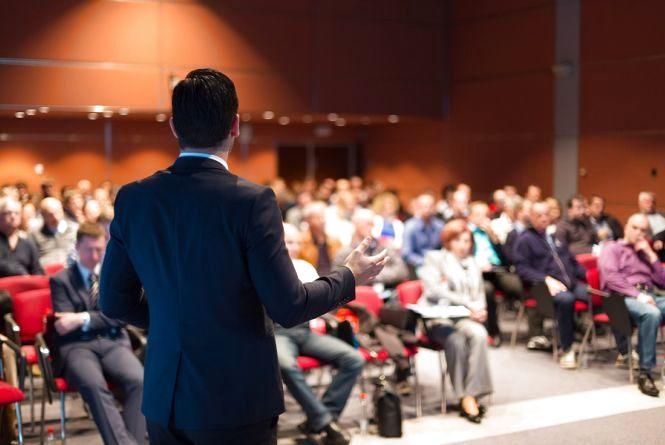 Перший бізнес-форум у Вінниці. Більше 400 підприємців вивчатимуть споживача