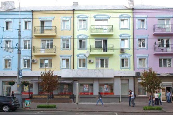 Вінничани просять «звільнити» будинки в центрі міста від кондиціонерів