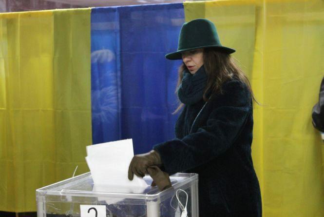 Вибори у громадах Вінничини: переможці відомі, але підрахунки ще ведуться