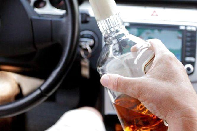 У новорічну ніч на вінницьких вулицях виявили 15 п'яний водіїв