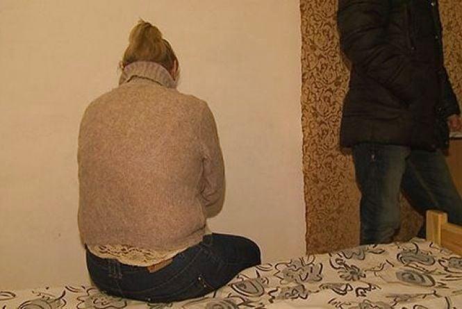 За годину сексу з 53-річною проституткою вінничани викладали 500 гривень (ФОТО)