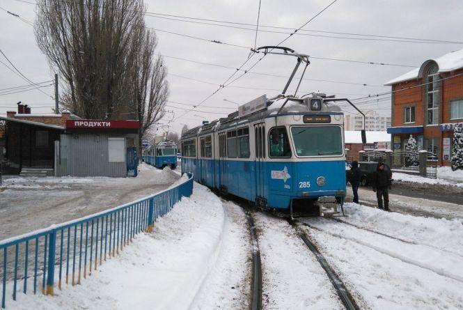 На вулиці Янгеля стали трамваї