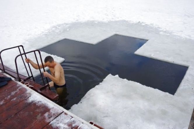 Освячення води у козацькому колодязі: вінничан запрошують на Йорданські купання