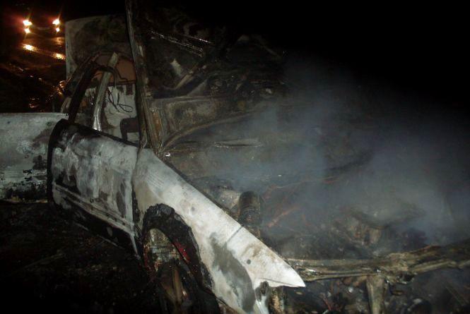 Біля Жмеринки через коротке замикання електропроводки згоріла «Audi А6» (ФОТО)