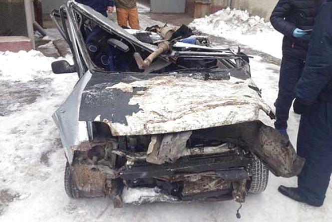 Смертельна п'яна ДТП: «Daewoo» вилетіла в п'ятиметровий яр. Загинув 18-річний хлопець (ФОТО)