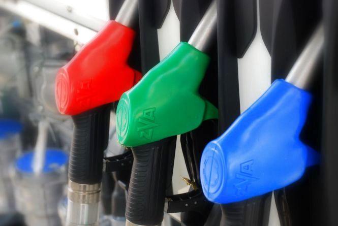 Ціни на бензин та газ поповзли вгору. Дизпаливо не здорожчало, але й не впало у ціні