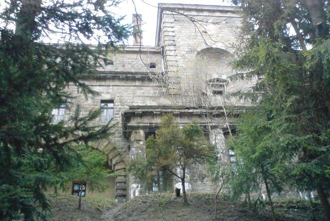 У Хмільнику розпочалася компанія порятунку місцевого замку Ксідо