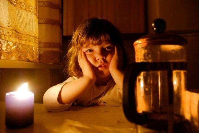 Українців попереджують про віялові відключення світла. Все через блокаду вугілля в АТО