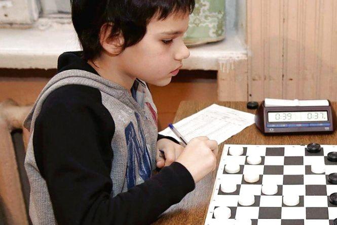Вінницькі шашкісти здобули 10 медалей на чемпіонаті України
