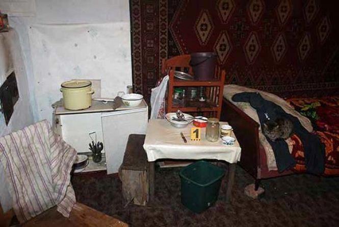 П'яне вбивство на Вінниччині: чоловік зарізав жінку. Тіло вивезти не встиг (ФОТО)