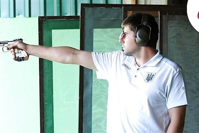Олексій Денисюк «настріляв» два «золота» на Кубку світу з кульової стрільби