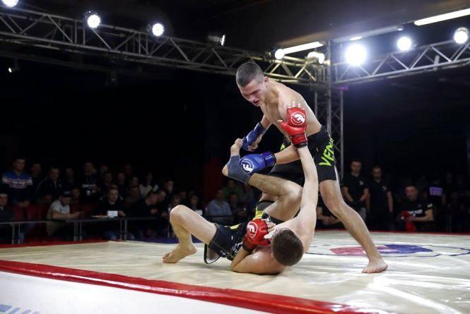 Два вінницькі фрі-файтери виграли Кубки Буковелю і здобули перепустки на професійний ринг