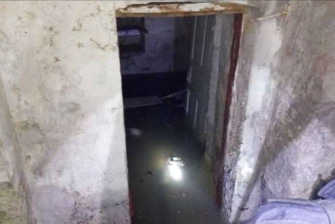 У Літині затопило одну із громадських організацій. Там обірвало трубопровід