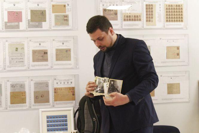 У вінницькому музеї марки прочитали лекцію до сотої річниці революції (ФОТО)