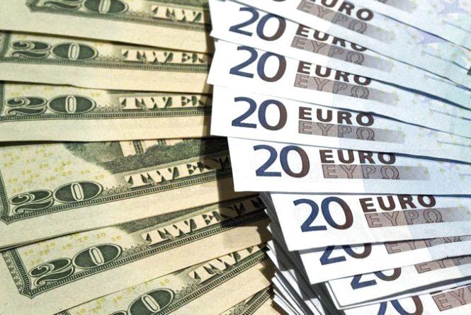 Курс валют від НБУ на 7 березня. Долар і євро падають