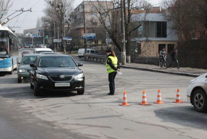 """Київський міст третій день """"відпочиває"""". Що там зараз, дивимося у ВІДЕО"""