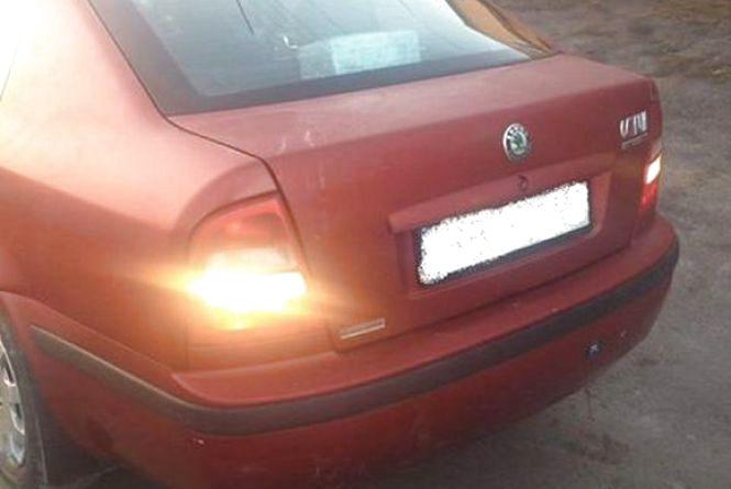 П'яний в стельку автомийщик гасав вночі по Вінниці на червоній «Skoda» клієнтки