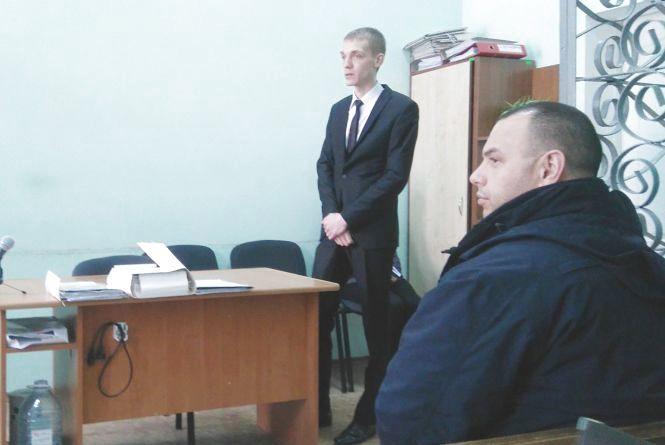 Двох державних виконавців піймали за кермом «під кайфом». Суд переносить розгляд (ОНОВЛЕНО)