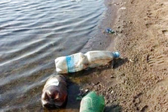 До двох тисяч штрафу доведеться заплатити тим, хто кидатиме сміття у річки