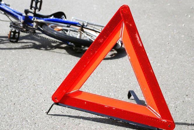 У Вінницькому районі п'яний мотоцикліст збив велосипедиста