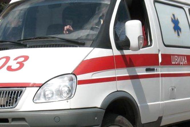 На пішохідному переході, що на Мечникова, тягач збив чоловіка