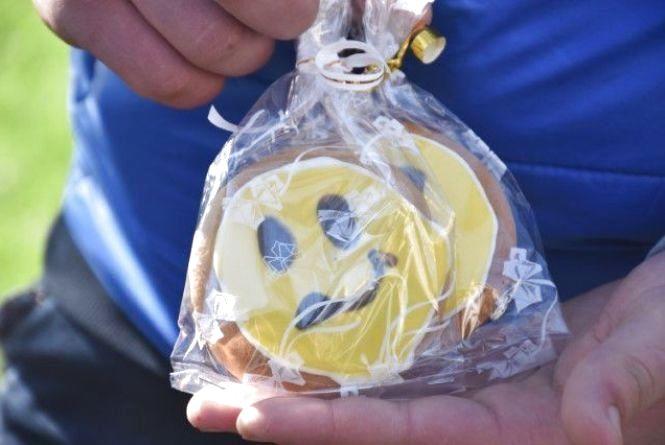 Вінницькі студенти взяли печиво та поїхали на Схід робити зачіски