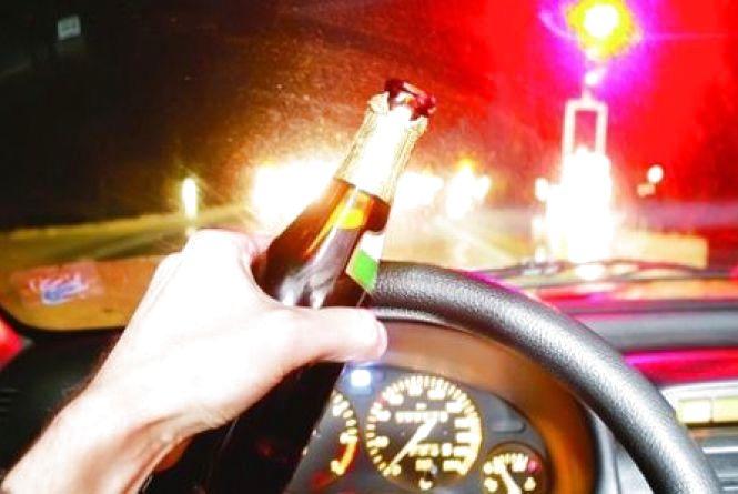 «П'яні покатушки» дітей: перекинулись троє підлітків. Авто згоріло