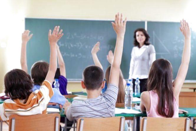 Школи України можуть перейти на нову систему - більше не буде оцінок