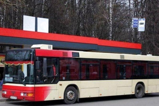 Вінницька поліція не випустила на маршрути десять автобусів