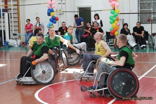 Регбі на візках: турнір у Вінниці виграли кияни