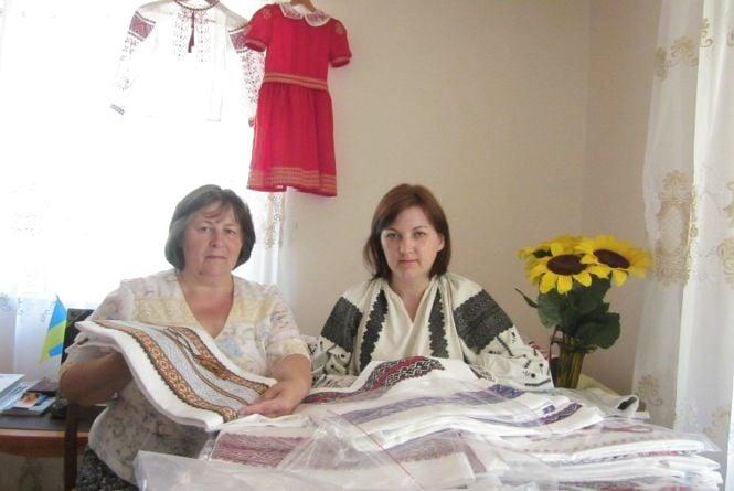 Вінничанка шиє вишиванки, які купують президенти, депутати, міністри, актори