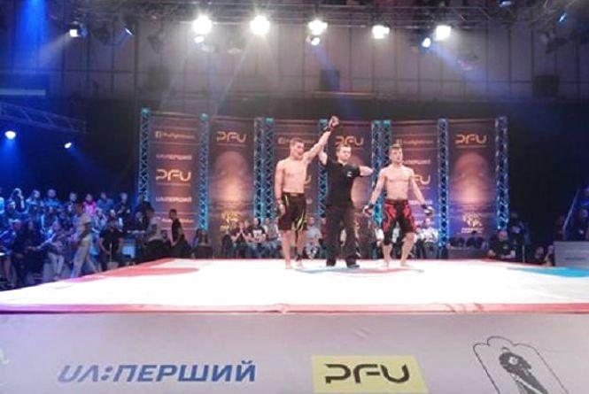 Вінницький фрі-файтер Ігор Куцький виграв бій на професійному турнірі
