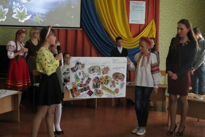 Переможниця конкурсу «гуртківець року» Вінницької станції юннатів мріє посадити українські рослини на Марсі