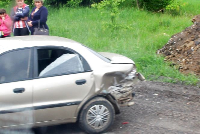 Біля «Гостевії» не розминулись Daewoo та Opel Kadett