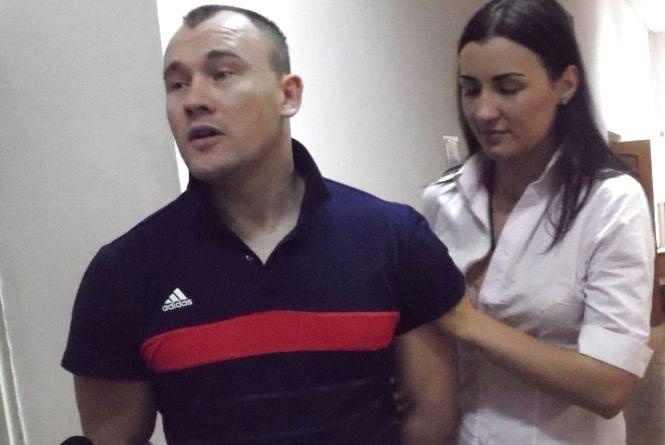 Відпустили додому «Шефа». Чому обвинувачення зятя мера розвалилося у суді