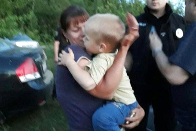 """Батальйон """"Вінниця"""" та поліція в Іванівці шукали 3-річного хлопчика"""