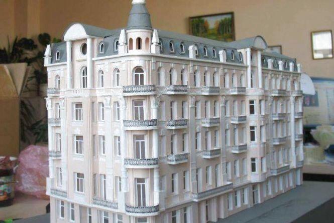 Міні Вежа, Драмтеатр і Савой. У парку розмістять 12 копій вінницьких споруд