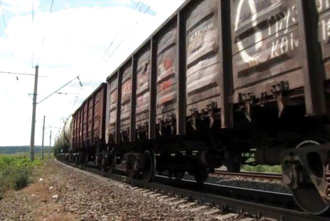Смертельний стрибок: на Вінниччині 17-річний хлопець вистрибнув із потяга