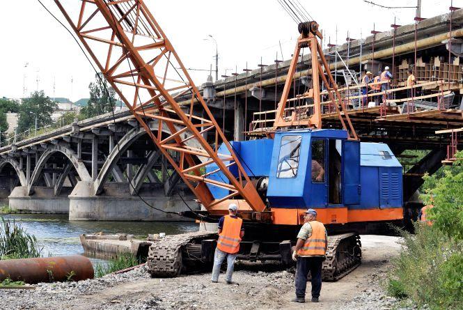 Київський міст знову відкрили. Що зробили за три місяці? (ФОТО, ВІДЕО)