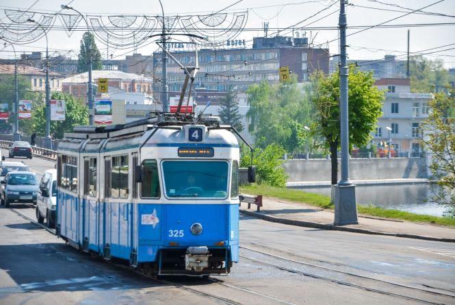 В вівторок та середу деякі вінницькі трамваї ходитимуть лише до 23 години
