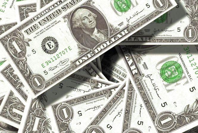 Курс валют на 12 липня: НБУ продовжує зміцнювати гривню